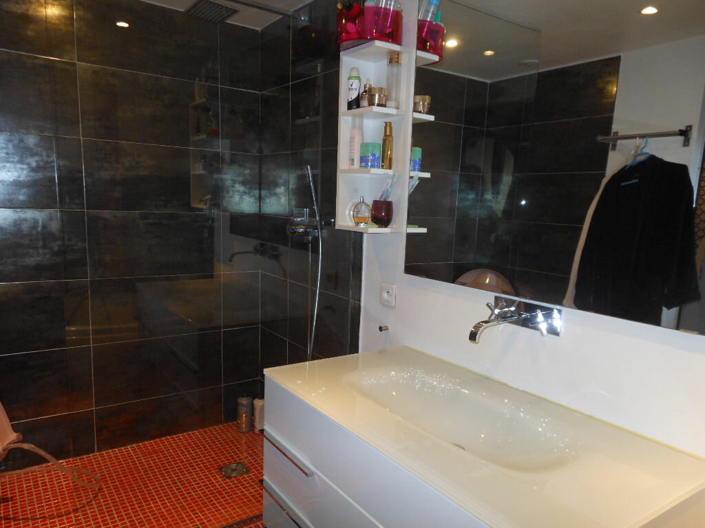 Appartement à louer 4 84.48m2 à Toulon vignette-6