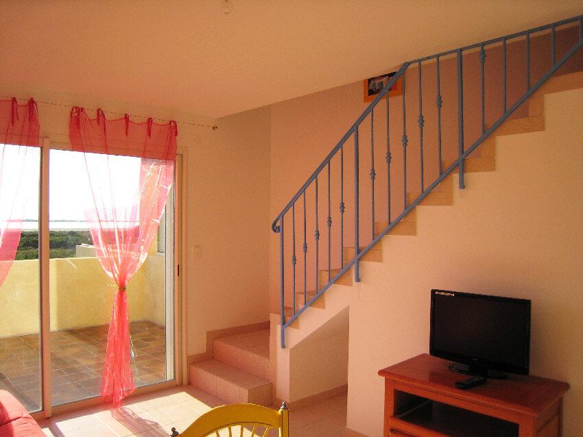 Appartement à vendre 3 45m2 à Hyères vignette-4