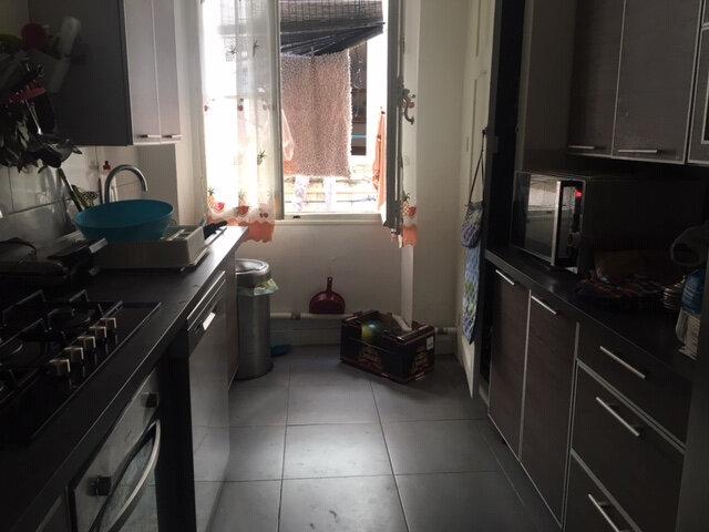 Appartement à vendre 3 105m2 à Toulon vignette-2