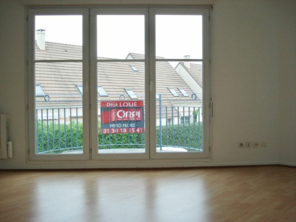 Appartement à louer 3 54m2 à Roissy-en-France vignette-1