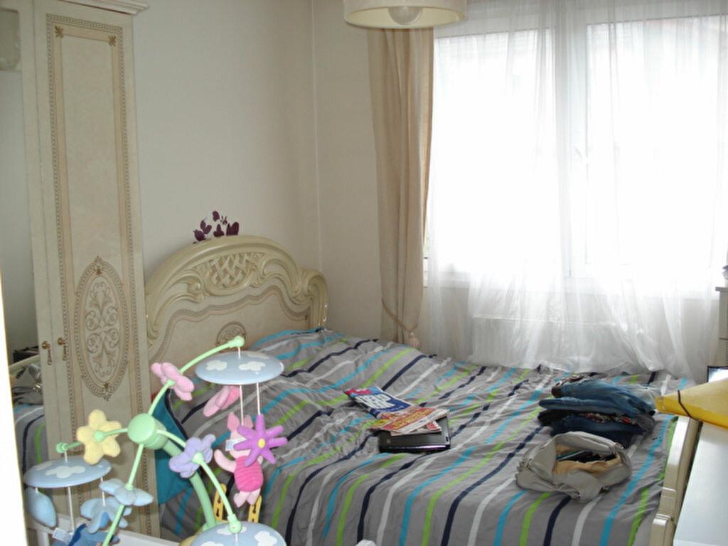 Appartement à vendre 3 47m2 à Goussainville vignette-3