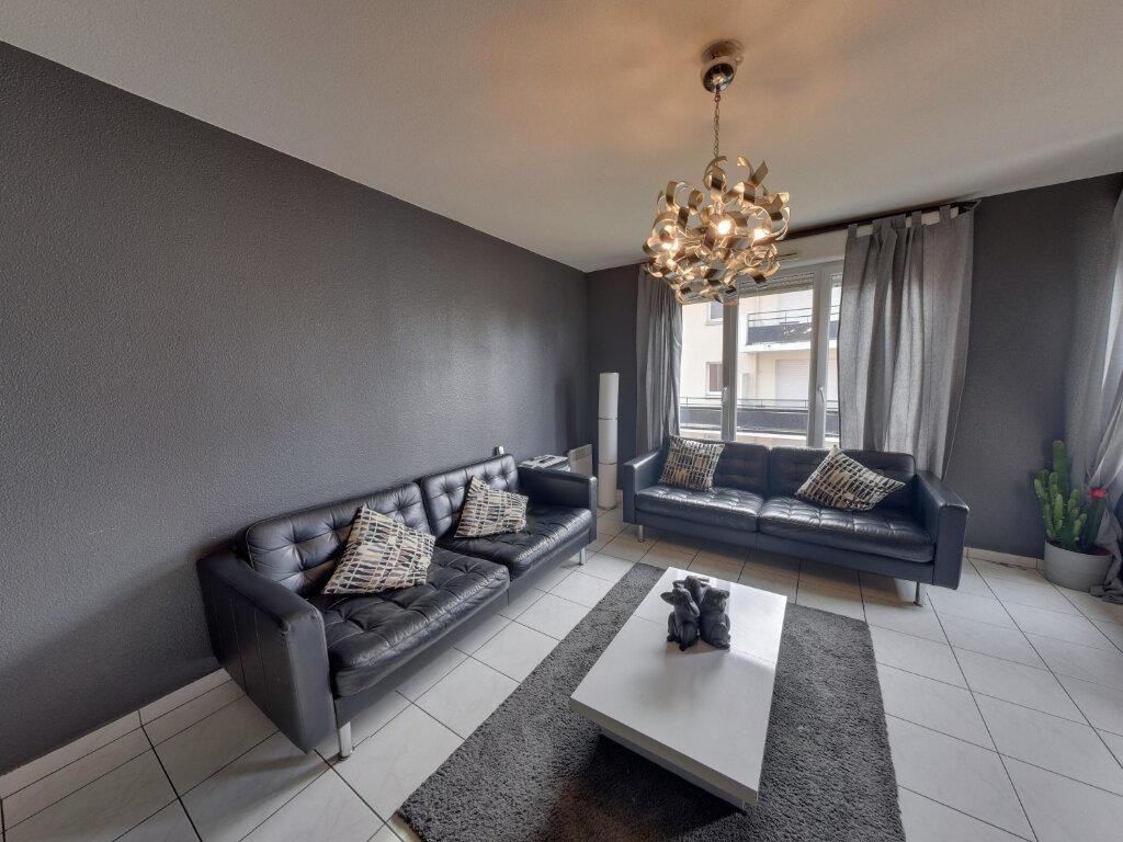 Appartement à vendre 4 75.68m2 à Goussainville vignette-1