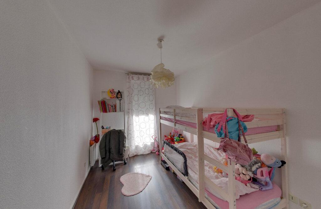 Appartement à vendre 4 75.68m2 à Goussainville vignette-5