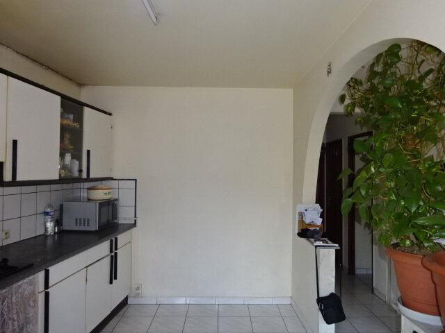 Maison à vendre 5 111m2 à Goussainville vignette-1