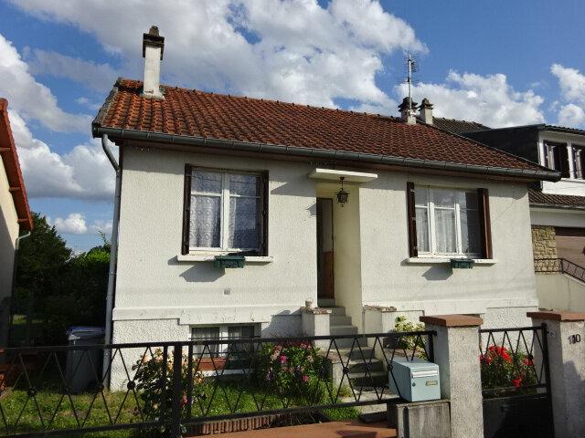 Maison à vendre 4 66m2 à Goussainville vignette-1