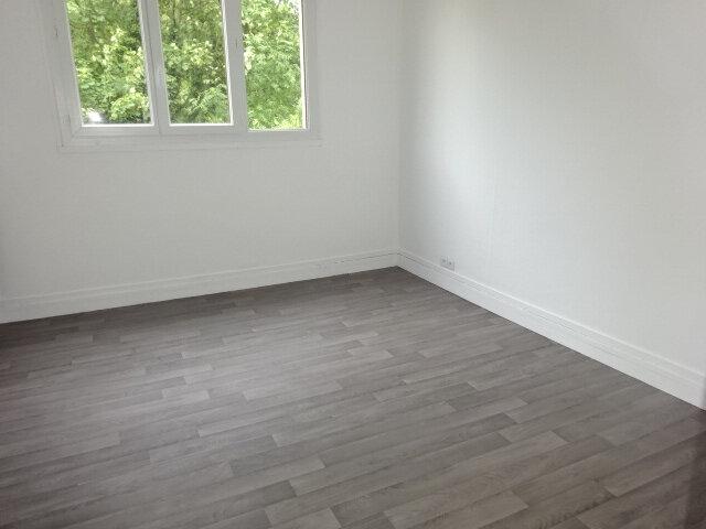 Appartement à vendre 3 60m2 à Le Thillay vignette-2