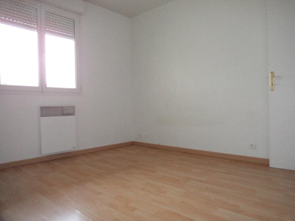 Appartement à vendre 2 26m2 à Goussainville vignette-1