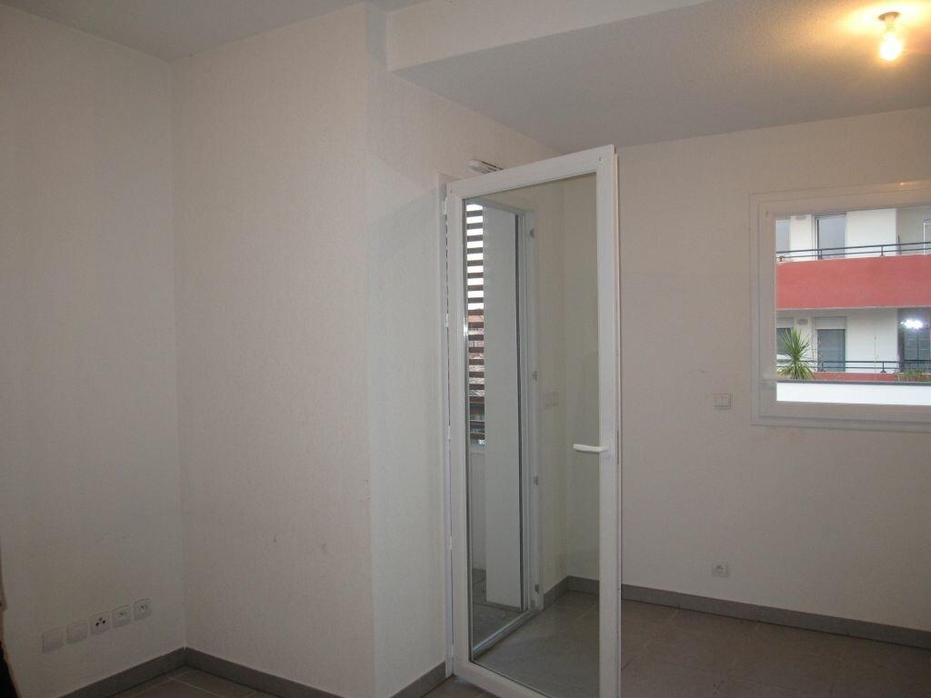 Appartement à louer 1 25.23m2 à Castelnau-le-Lez vignette-3