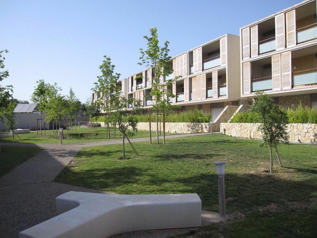 Appartement à louer 2 41.82m2 à Castelnau-le-Lez vignette-1