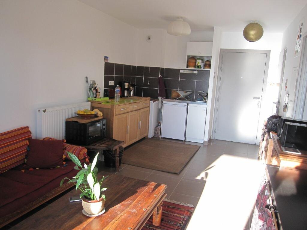 Appartement à louer 2 39.02m2 à Castelnau-le-Lez vignette-3