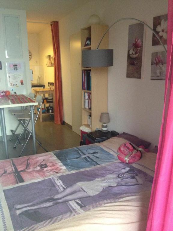 Appartement à louer 1 24.65m2 à Castelnau-le-Lez vignette-1