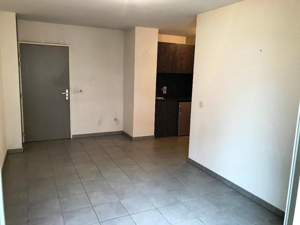 Appartement à louer 1 24.42m2 à Castelnau-le-Lez vignette-1