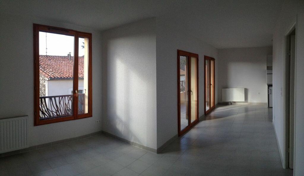 Appartement à louer 3 72.99m2 à Castelnau-le-Lez vignette-3