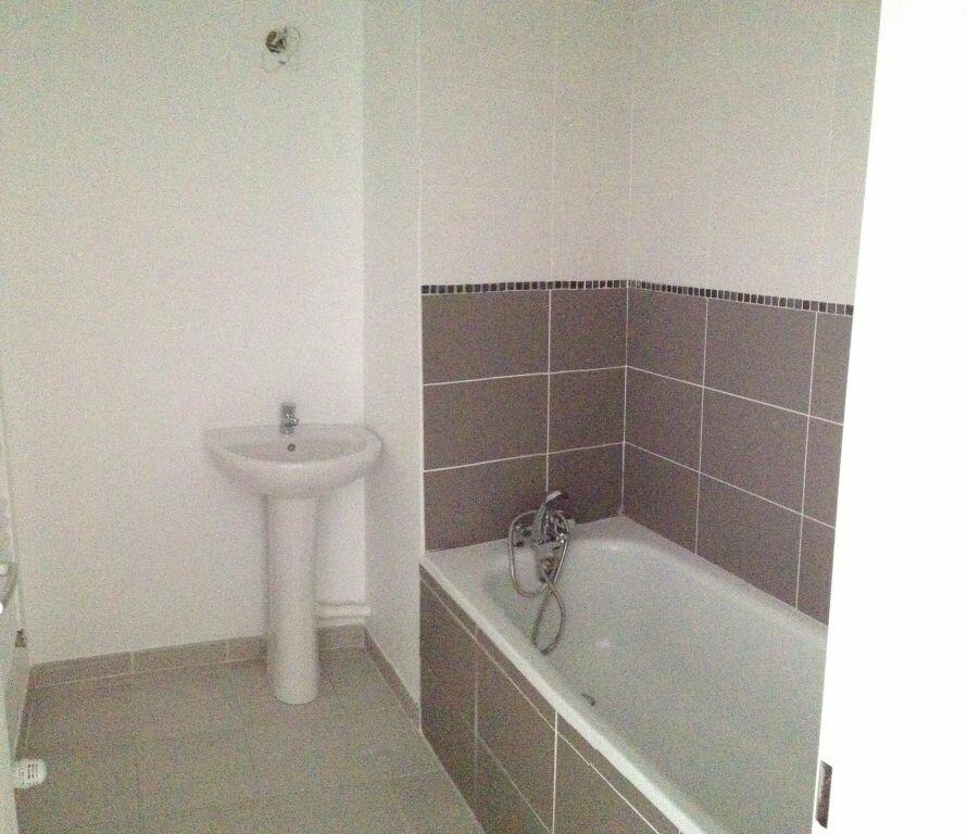 Appartement à louer 3 72.99m2 à Castelnau-le-Lez vignette-8