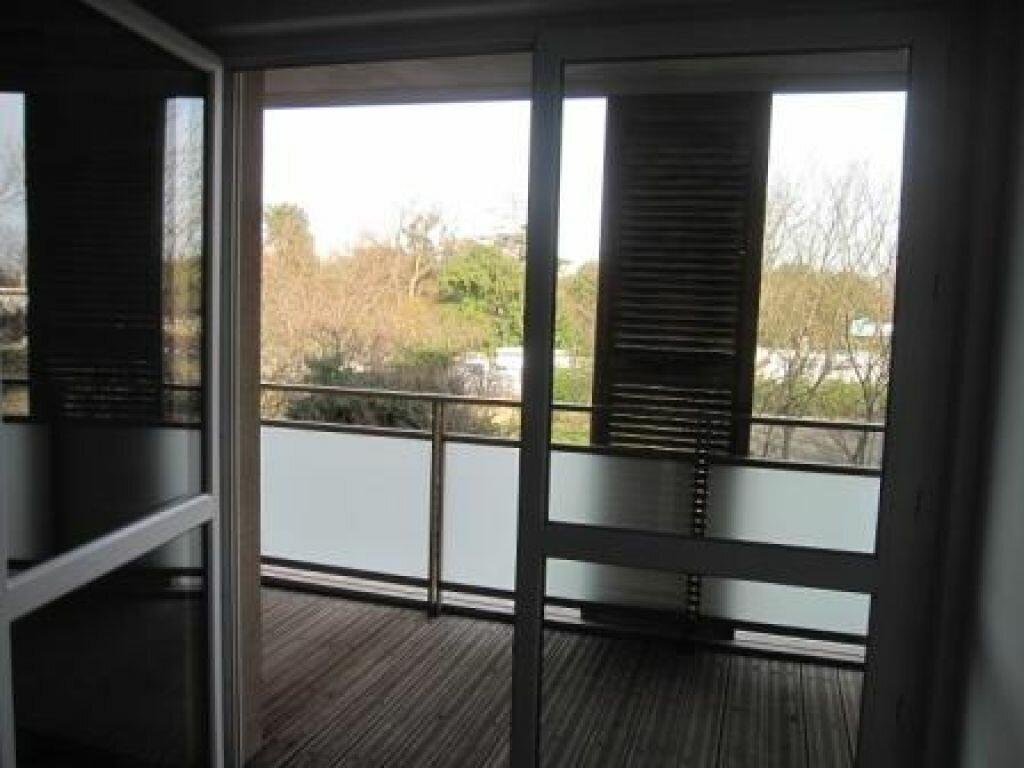 Appartement à louer 2 37.73m2 à Castelnau-le-Lez vignette-4