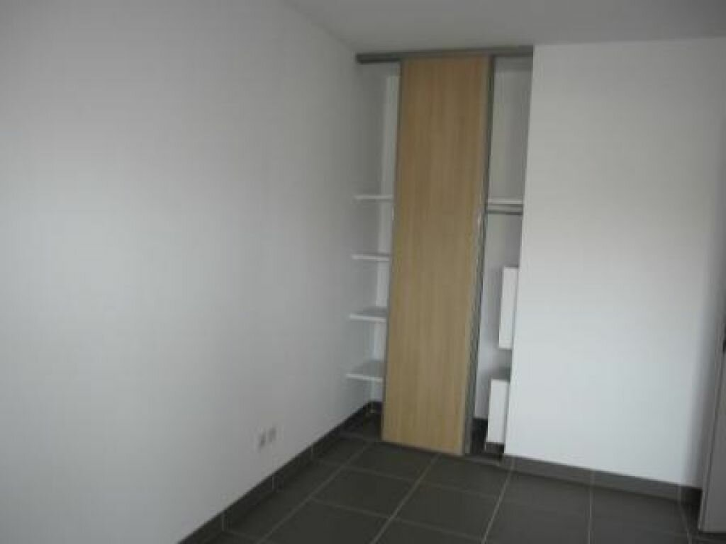 Appartement à louer 2 37.73m2 à Castelnau-le-Lez vignette-5