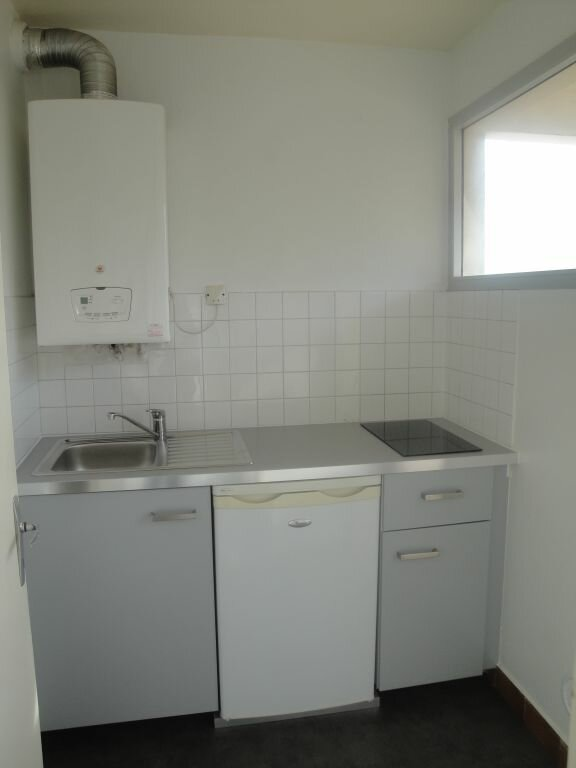 Appartement à louer 2 35.36m2 à Montpellier vignette-3