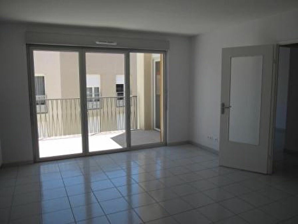Appartement à louer 2 43.28m2 à Castelnau-le-Lez vignette-3