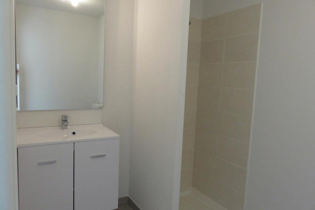 Appartement à louer 2 43.46m2 à Castelnau-le-Lez vignette-3