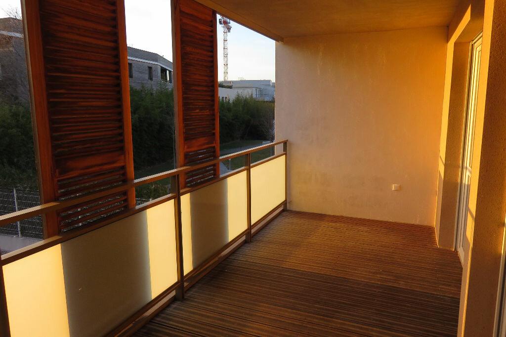 Appartement à louer 2 37.91m2 à Castelnau-le-Lez vignette-4