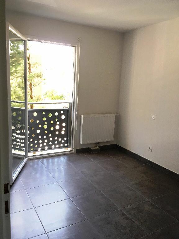 Appartement à louer 4 76.9m2 à Montpellier vignette-6