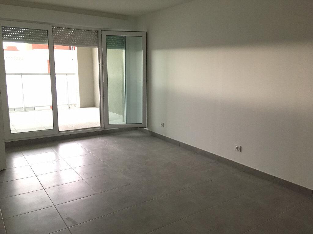 Appartement à louer 2 42.98m2 à Castelnau-le-Lez vignette-2