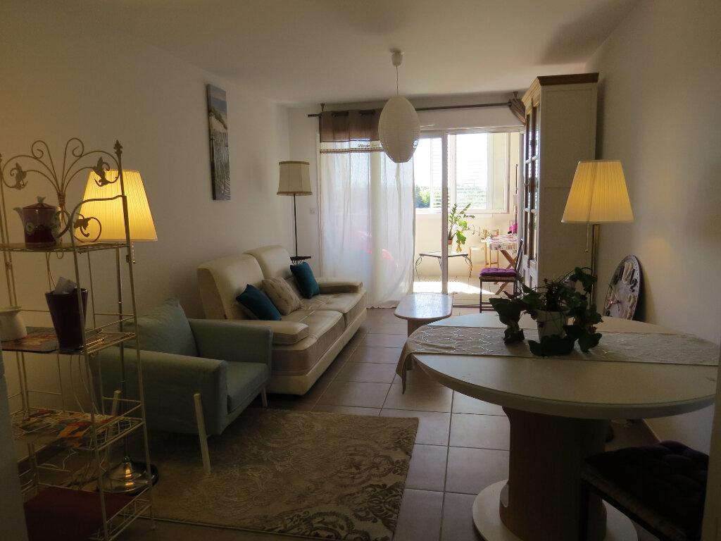 Appartement à vendre 3 63.17m2 à Castelnau-le-Lez vignette-5