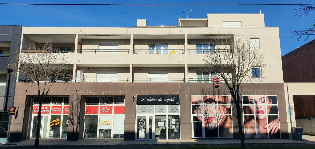 Appartement à vendre 2 37m2 à Castelnau-le-Lez vignette-4
