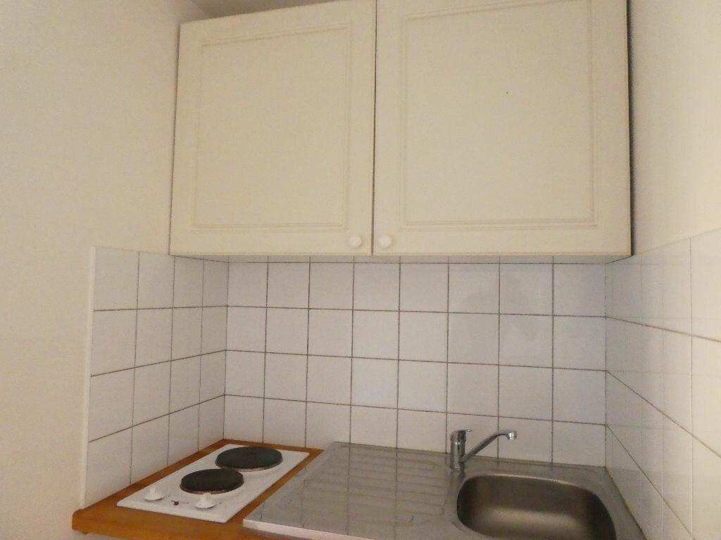Appartement à louer 1 20.21m2 à Prades vignette-2