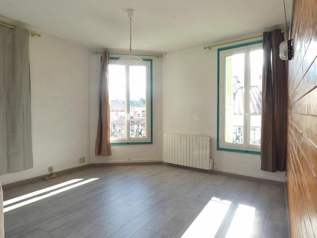 Appartement à louer 3 65m2 à Prades vignette-5