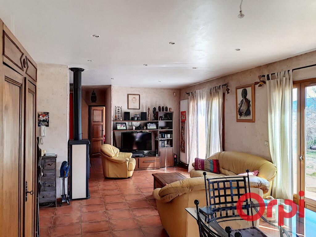 Maison à vendre 4 145m2 à Catllar vignette-5