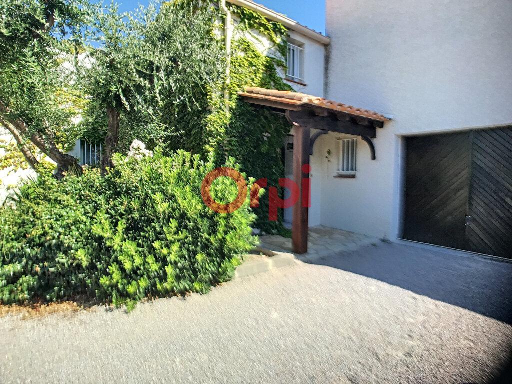 Maison à louer 4 53.99m2 à Saint-Cyprien vignette-3