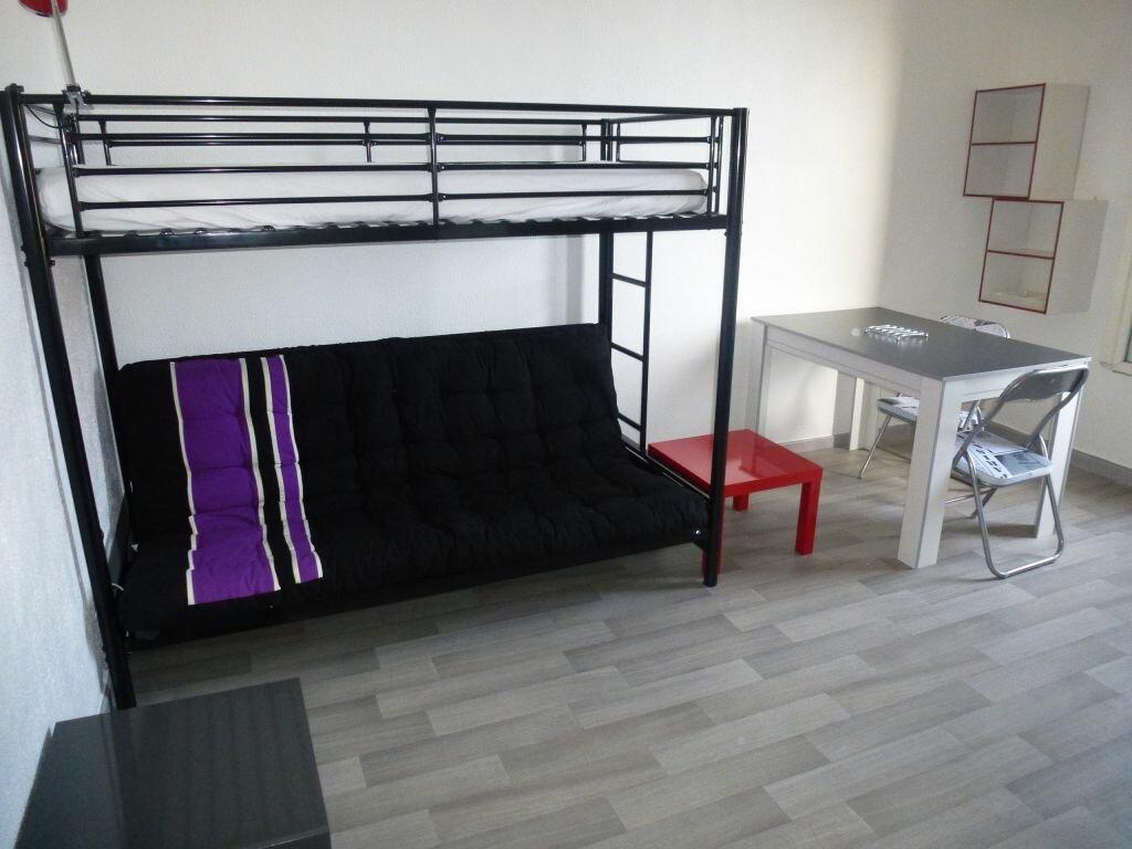 Appartement à louer 1 18.66m2 à Perpignan vignette-1