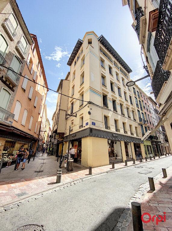 Appartement à louer 3 62.42m2 à Perpignan vignette-1