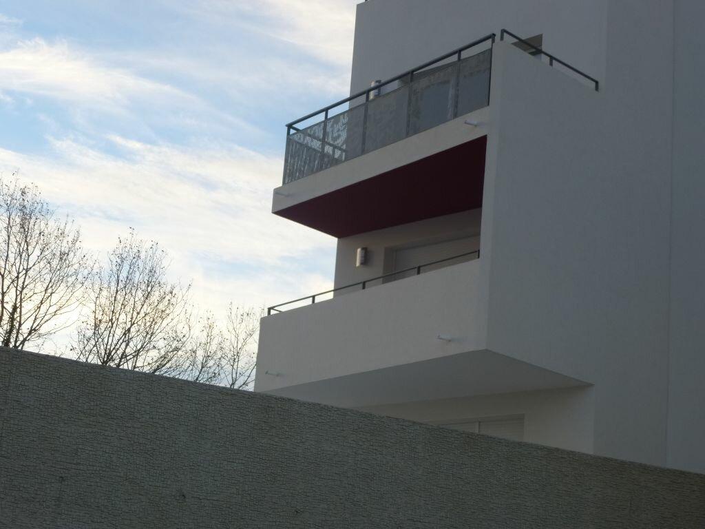 Appartement à louer 3 63.84m2 à Perpignan vignette-8