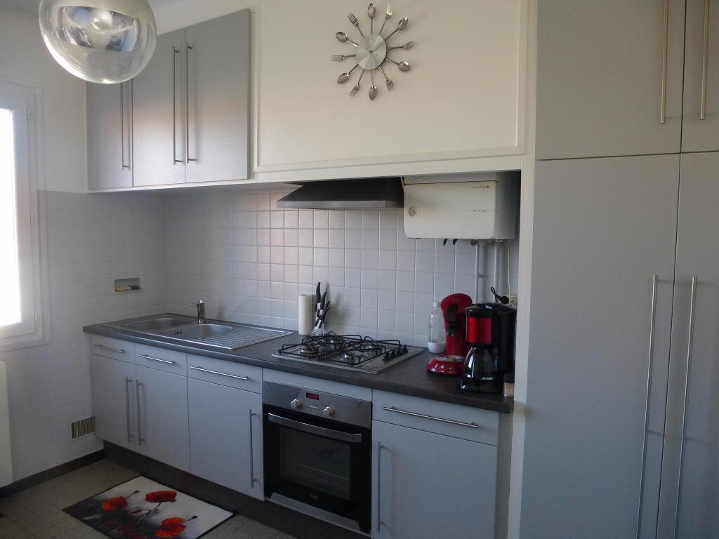 Appartement à louer 3 79.45m2 à Perpignan vignette-1
