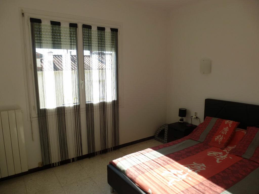 Appartement à louer 3 79.45m2 à Perpignan vignette-2