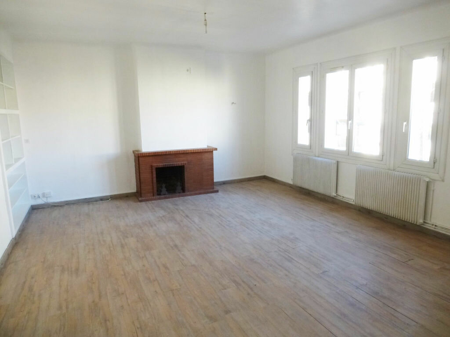 Appartement à louer 3 72.09m2 à Perpignan vignette-1