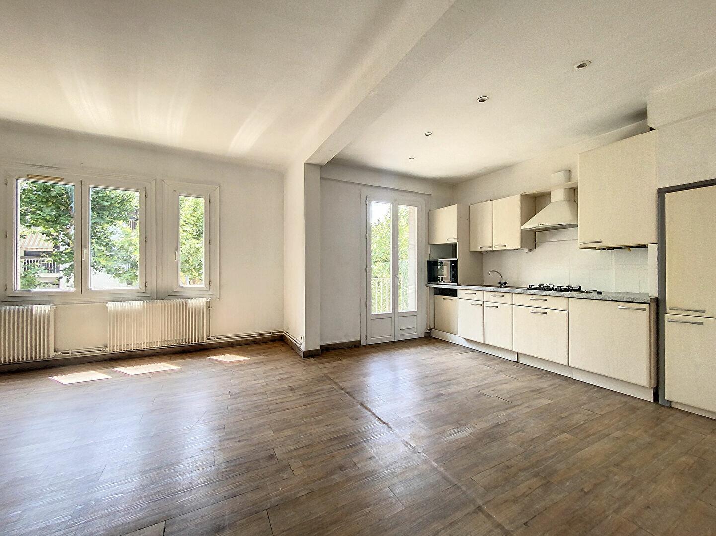 Appartement à louer 3 72.09m2 à Perpignan vignette-6