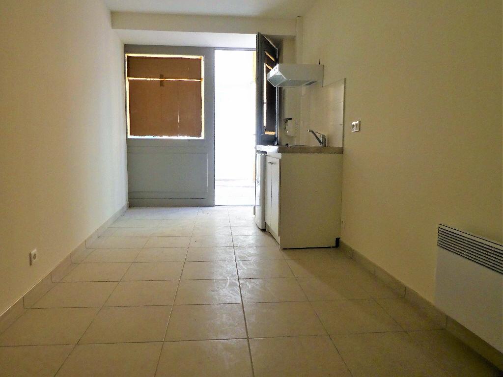 Appartement à louer 1 23m2 à Prades vignette-4