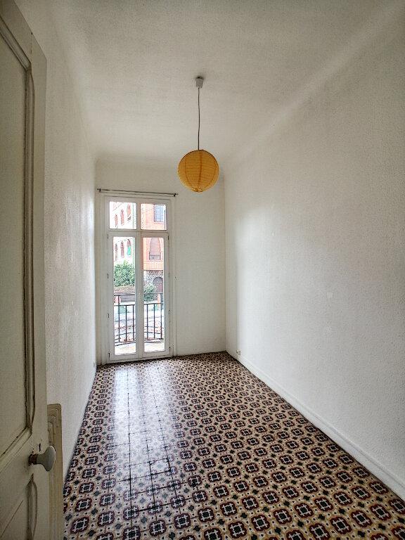 Appartement à louer 3 49.98m2 à Perpignan vignette-4
