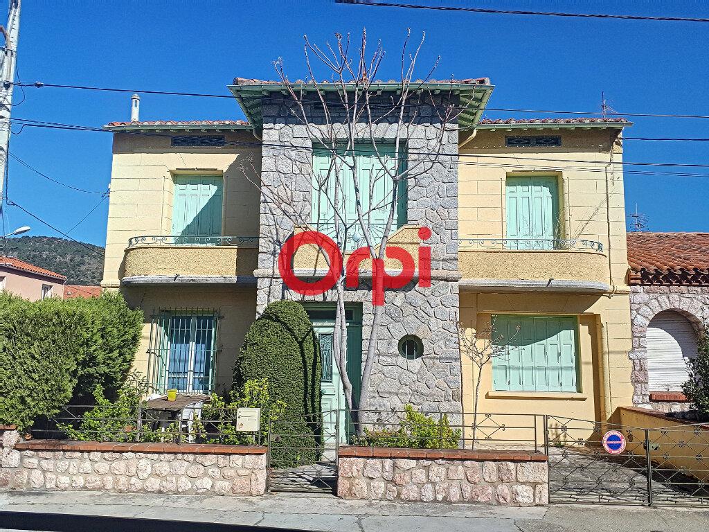Maison à vendre 6 125m2 à Prades vignette-1