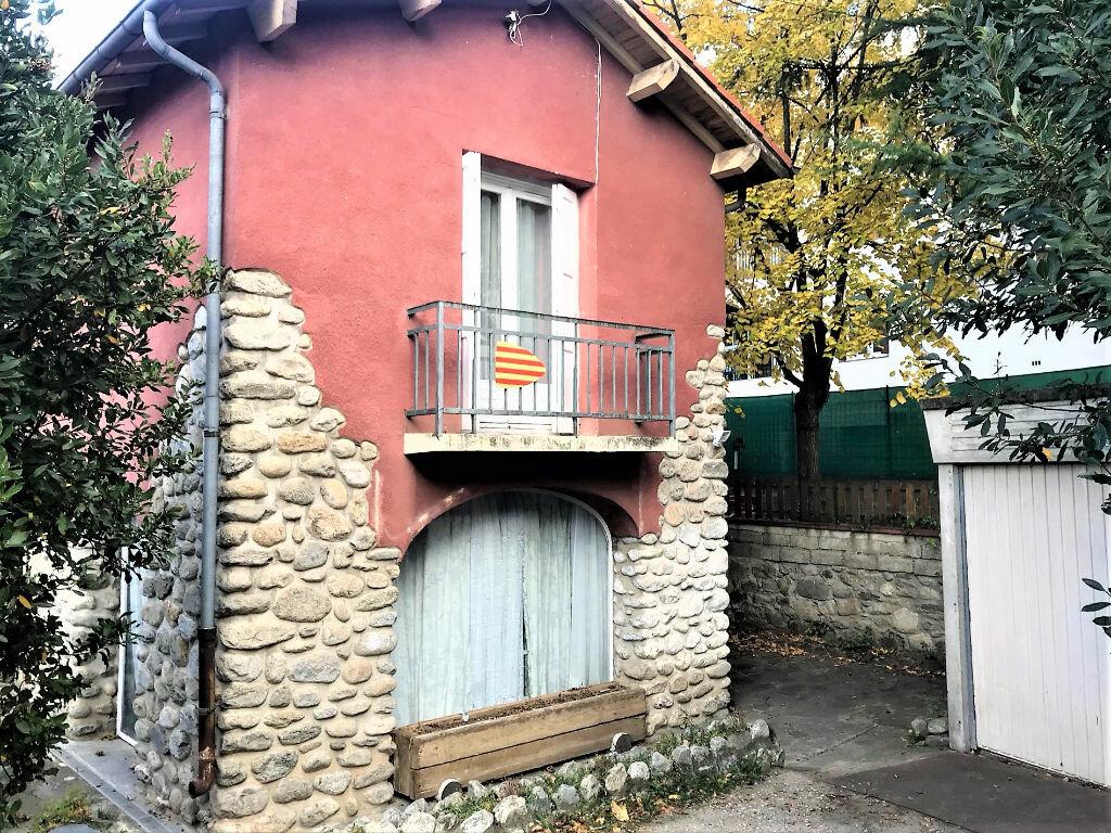 Maison à vendre 7 115m2 à Vernet-les-Bains vignette-3
