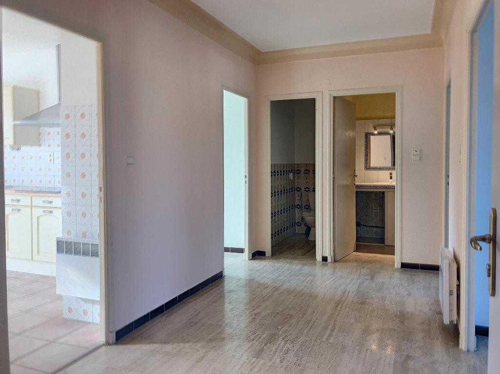 Appartement à louer 4 88.29m2 à Saleilles vignette-4