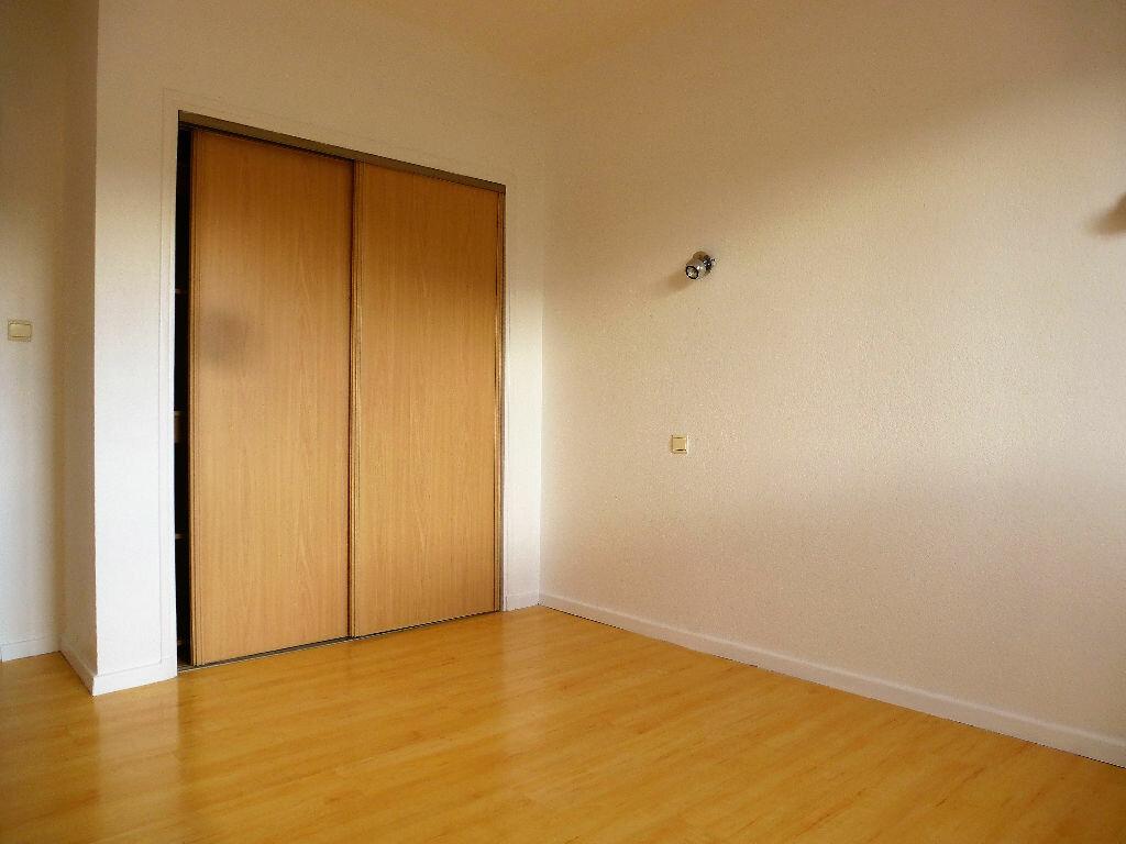 Appartement à louer 4 88.29m2 à Saleilles vignette-6