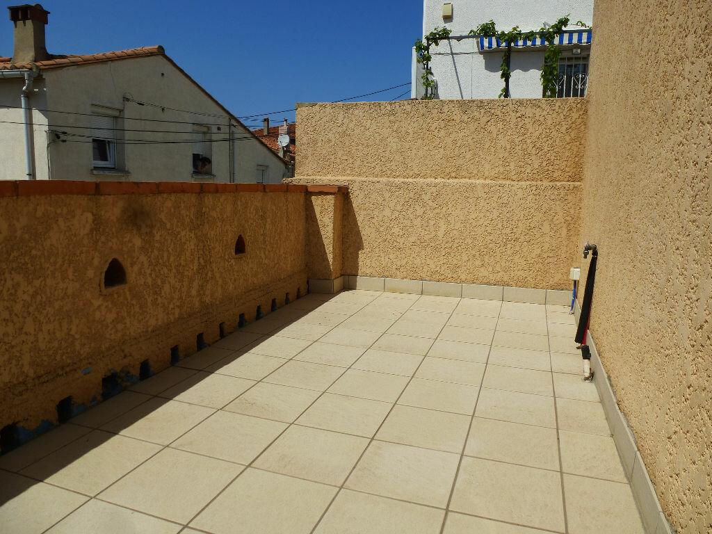 Maison à louer 3 59.99m2 à Perpignan vignette-2