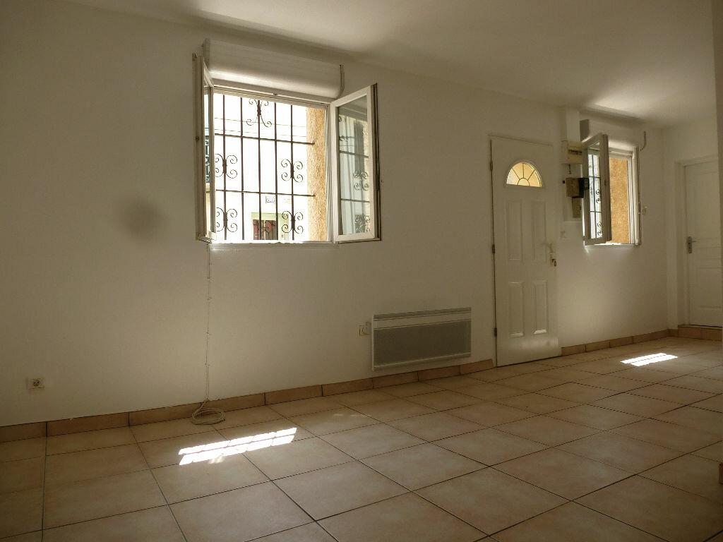 Maison à louer 3 59.99m2 à Perpignan vignette-3