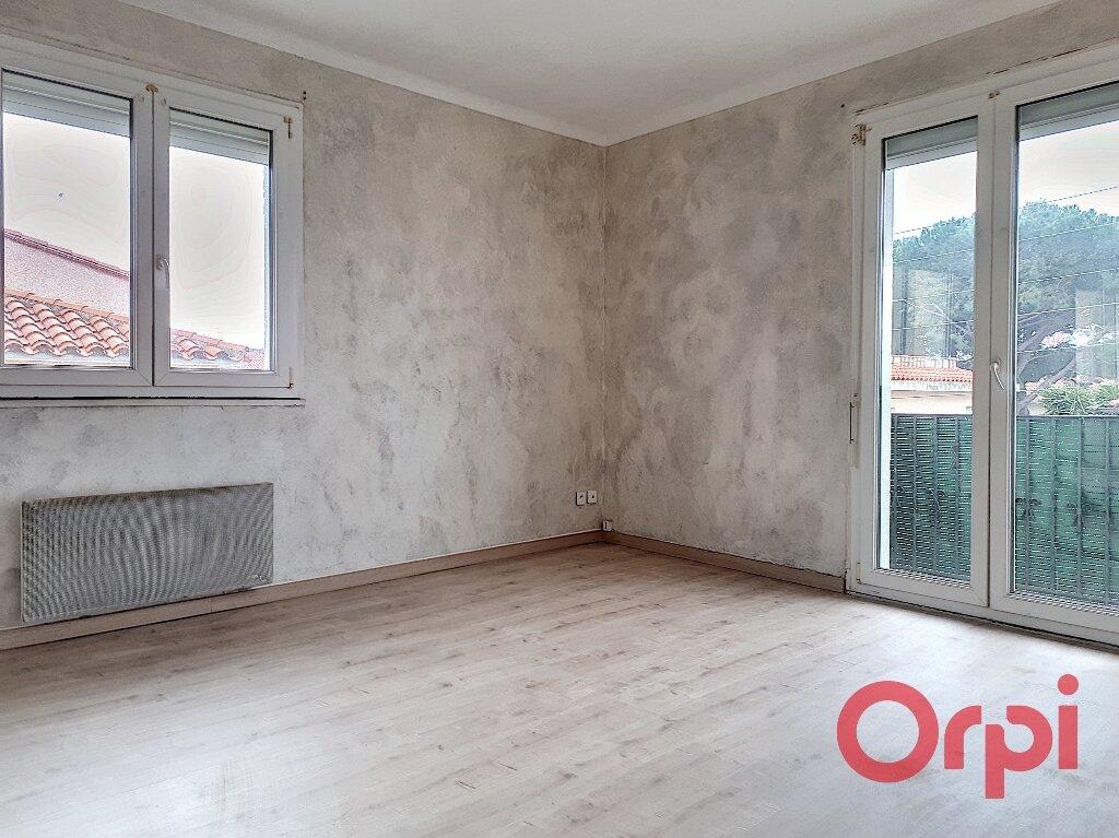 Appartement à louer 1 27m2 à Perpignan vignette-3