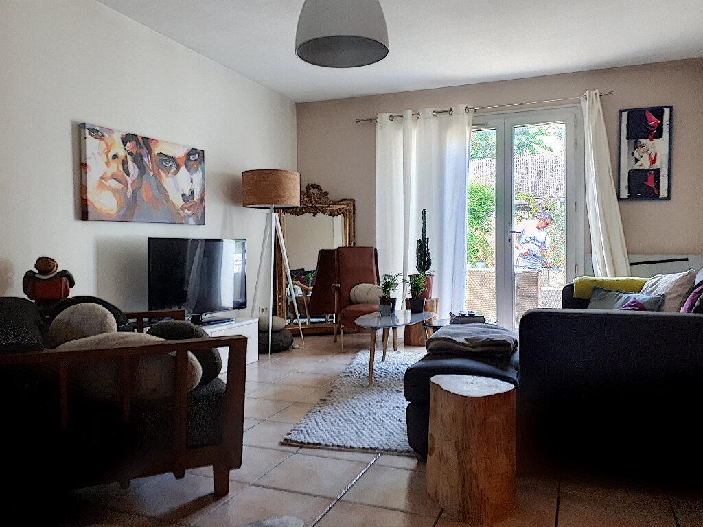 Maison à louer 4 74.53m2 à Perpignan vignette-4
