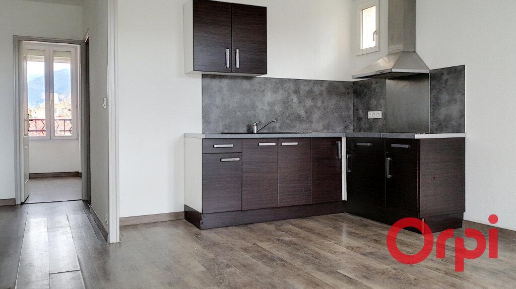 Appartement à vendre 3 60m2 à Prades vignette-1